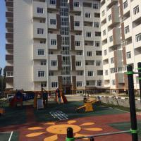 вид на двор, детская площадка